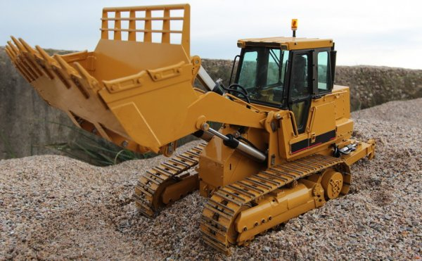 TRACK LOADER SPARE PARTS | IRONMAK | Hydraulic Hammer ...